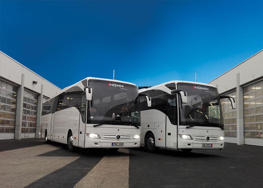 Megérkeztek járműflottánk legújabb ékességei – 2 új Mercedes Tourismo